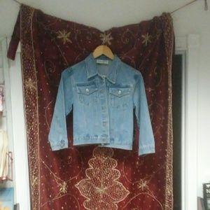 Stonewashed denim jacket.